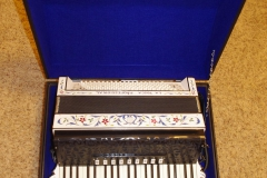 3. Case - With Accordion
